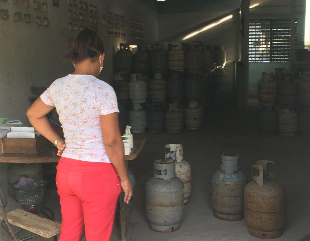 Centro consegna Bombole del gas a La Lisa
